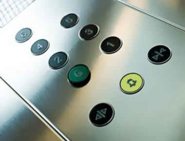 2015-02-11-ascensori-nuova-norma-uni-380×290