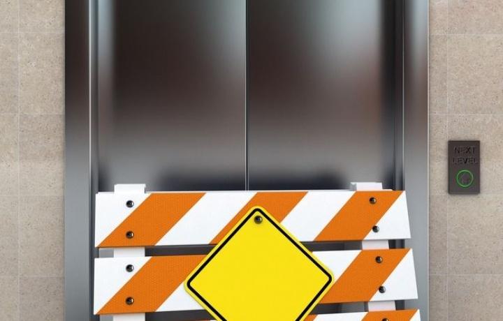 a12816-sicurezza-ascensori-direttiva
